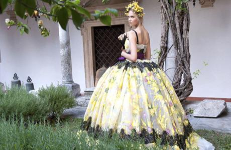 Новости моды: Кутюрная коллекция Dolce & Gabbana, покупка Valentino семьей из Катара и другие. Изображение № 5.