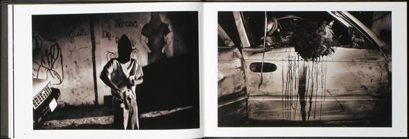Закон и беспорядок: 10 фотоальбомов о преступниках и преступлениях. Изображение № 33.