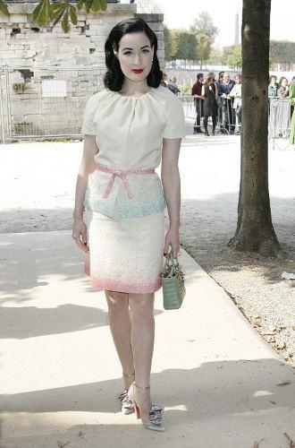 Занимательная история Christian Dior. Изображение № 9.