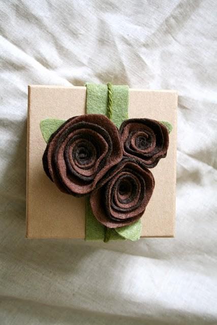 55 идей для упаковки новогодних подарков. Изображение № 25.
