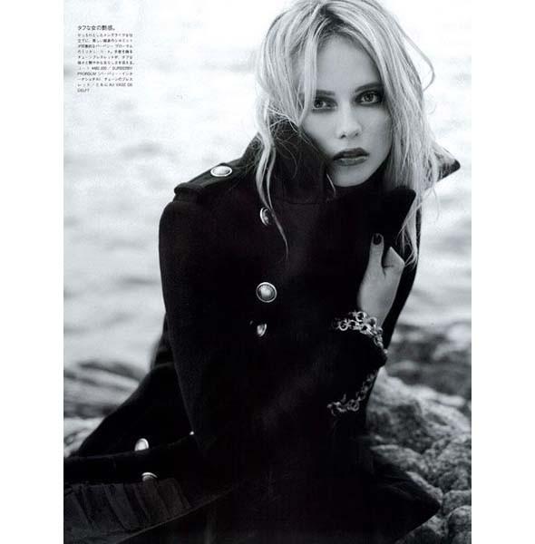 Новые съемки: Numero, Playing Fashion, Tangent и Vogue. Изображение № 42.