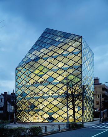 Prada, как самый дальновидный бренд. Изображение № 28.