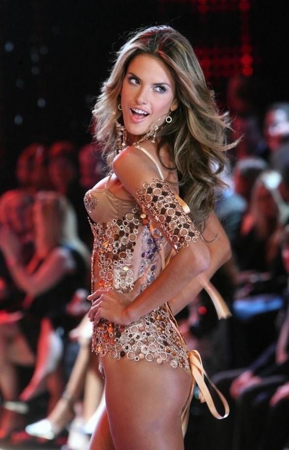 Victoria's Secret Lingerie Fashion Show 2008. Изображение № 55.