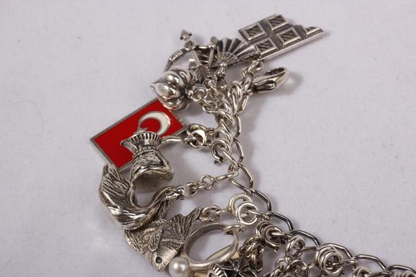 Блошиный рынок в Париже, история любви и браслет, который говорит. Изображение № 10.
