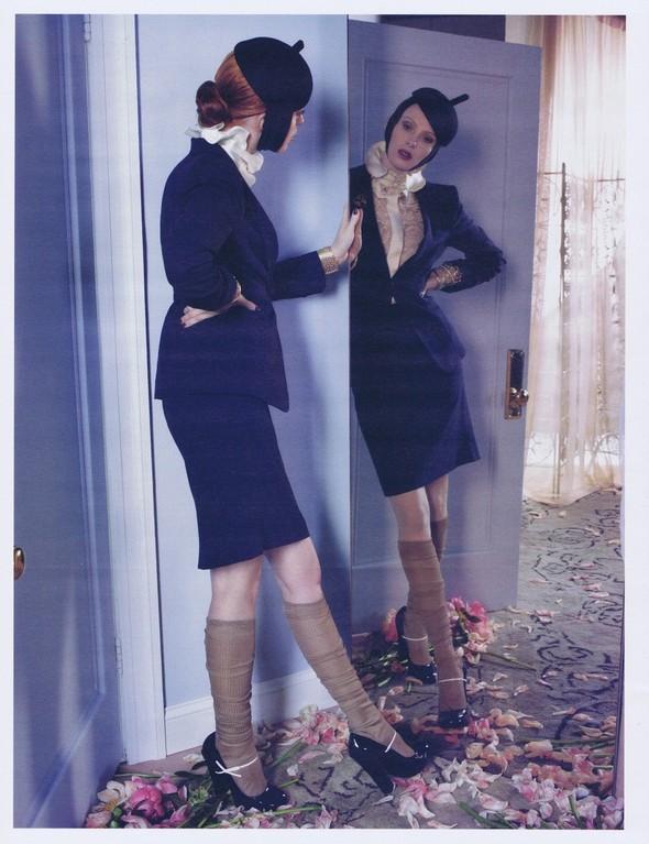 Съёмка: Карен Элсон для W. Изображение № 3.