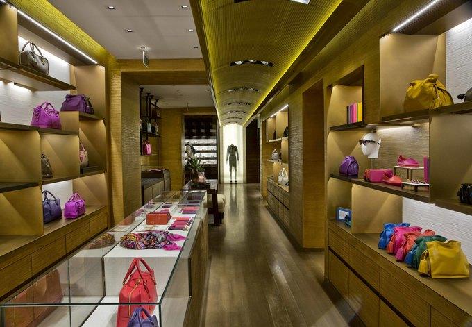 Loewe, Louis Vuitton и MM6 открыли новые магазины. Изображение № 3.