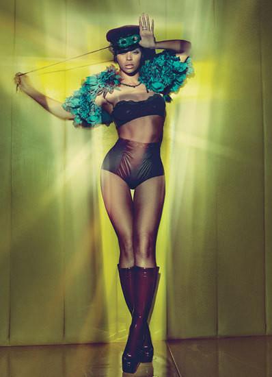 Изображение 54. Съёмки: Harper's Bazaar, Vogue, W и другие.. Изображение № 53.