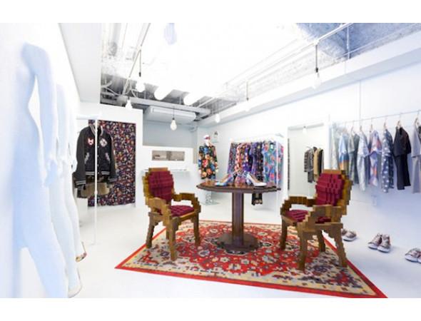 Дизайн-дайджест: Календарь Lavazza, проект Ранкина и Херста и выставка фотографа Louis Vuitton. Изображение № 82.