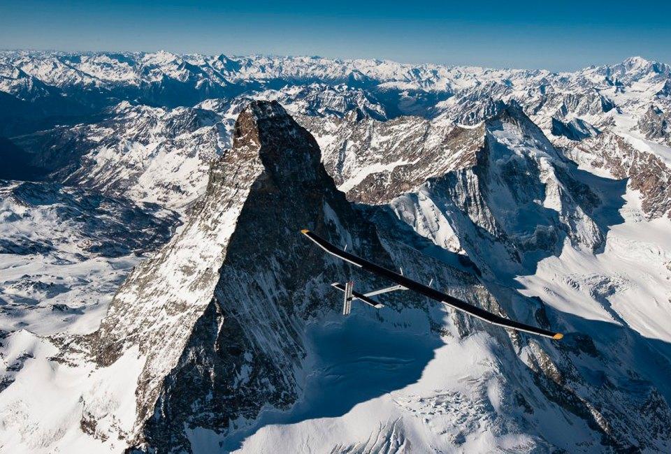 Первый самолёт  на солнечной энергии,  который долетит  на край света. Изображение №10.