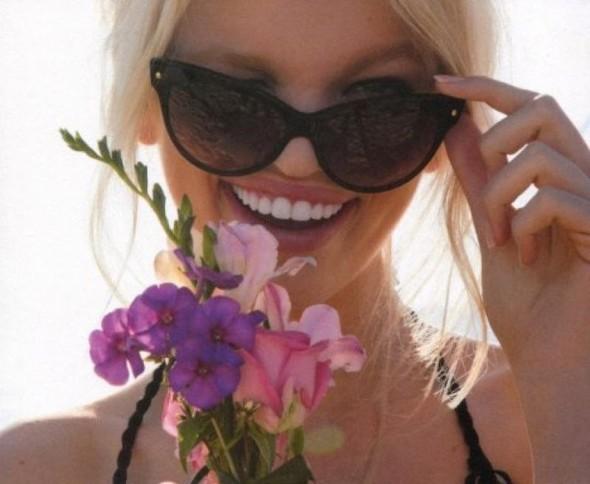 Дафна Гроенвельд для Dior Addict Fragrance. Изображение № 9.
