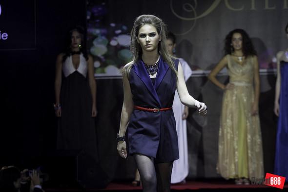 Неделя моды от «Эстет»: осень-2011 (05.10.2011). Изображение № 58.