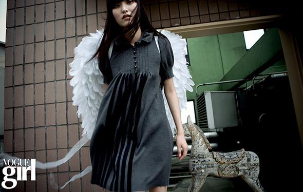 Волшебный мирVOGUE GIRL Korea 2008. Изображение № 6.