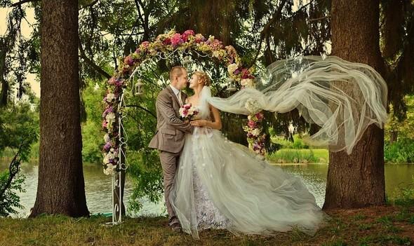 Цвет свадебного дня или праздник длиною в жизнь. Изображение № 32.