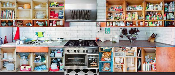 Кухонный вопрос: Гарнитуры и кухни в съемках Эрика Кляйна. Изображение № 15.