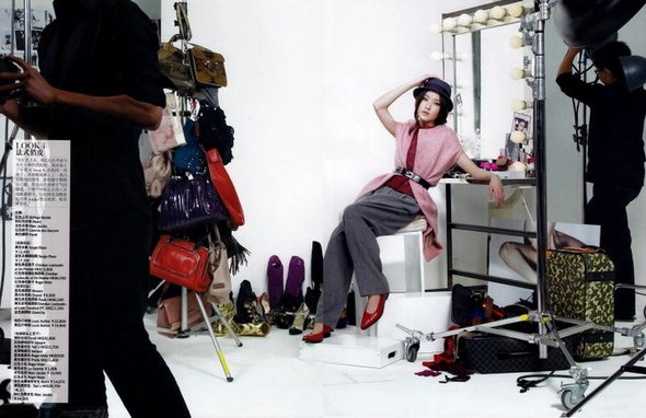 Закадром (China Vogue, Jan09). Изображение № 4.