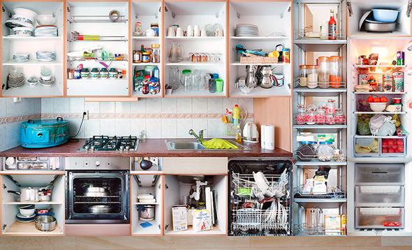 Кухонный вопрос: Гарнитуры и кухни в съемках Эрика Кляйна. Изображение № 14.