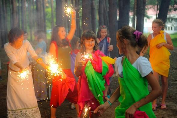 Волонтеры «Трансаэро» подарили детям еще одно сказочное путешествие. Изображение № 5.