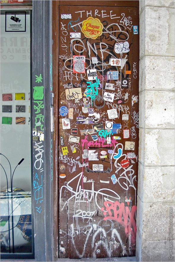 Стрит-арт и граффити Барселоны, Испания. Изображение № 43.