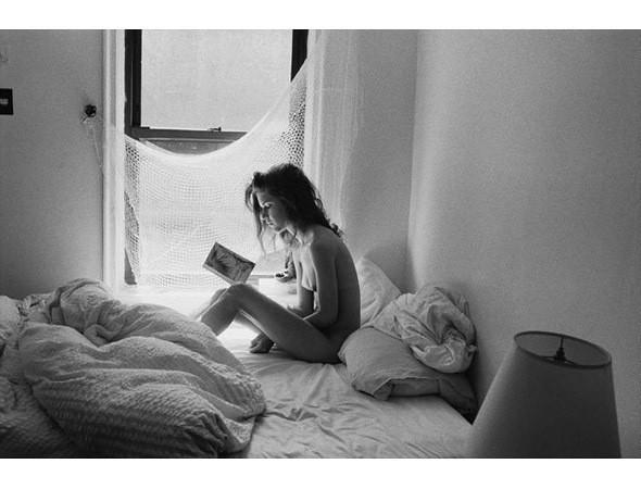 Части тела: Обнаженные женщины на фотографиях 1990-2000-х годов. Изображение №146.