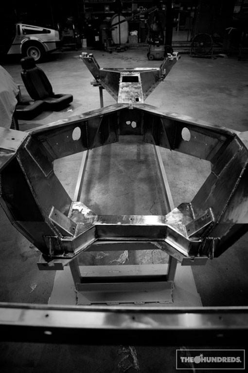 DeLorean. Автомобиль-легенда. Части 5 & 6. Конец. Изображение № 3.