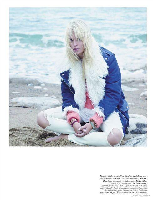 Съёмка: Саша Пивоварова и Наташа Поли для французского Vogue. Изображение № 4.