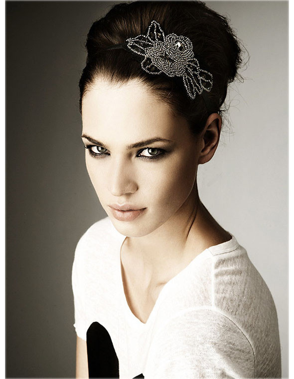 Лукбуки: Burberry, A.P.C, Zara Headband. Изображение № 37.