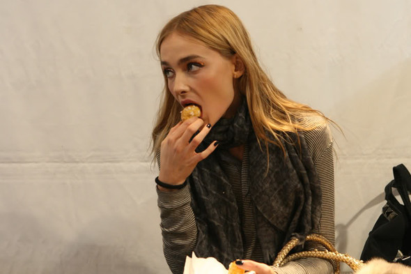 Please, don't feed themodels!. Изображение № 29.