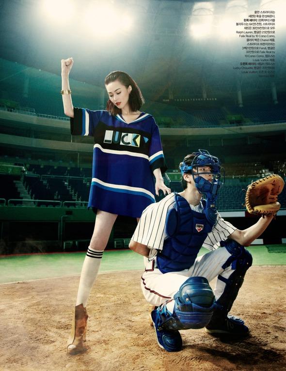 Быстрее, выше, сильнее: Модные съемки, вдохновленные спортом. Изображение №102.