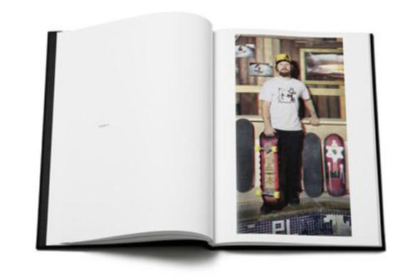 10 альбомов о скейтерах. Изображение №120.
