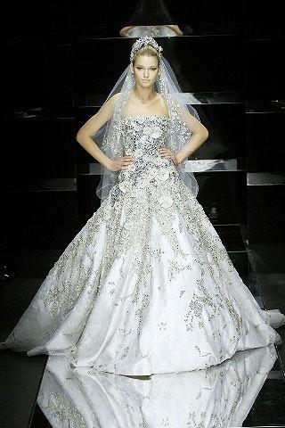 """""""Выбираем свадебное платье!"""" 93 идеи ведущих дизайнеров. Изображение № 53."""