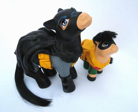 MyLittle Pony играют вкино. Изображение № 11.