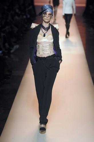 Chanel: Ходячие рекламы. Изображение № 9.