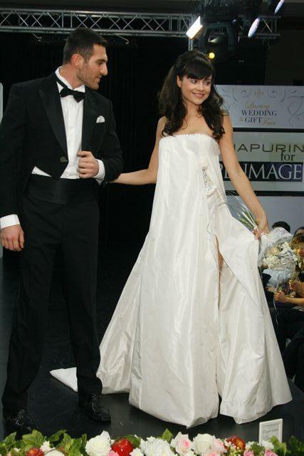 Изображение 1. Коллекция свадебных платьев Игоря Чапурина.. Изображение № 1.