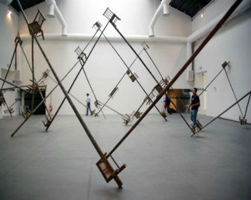 Искусство где-то рядом: 10 художников, работающих с предметами быта. Изображение № 14.