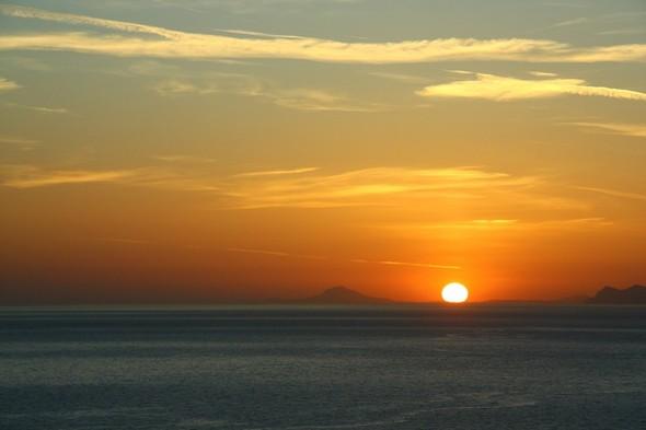 Санторини: Боги, вино и закаты. Изображение № 45.
