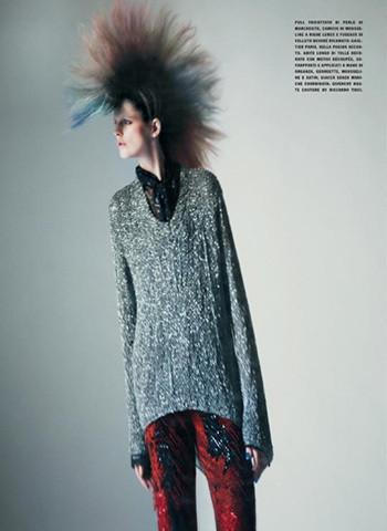 Vogue Paris, апрель 2011, фотограф Паоло Роверси. Изображение № 49.