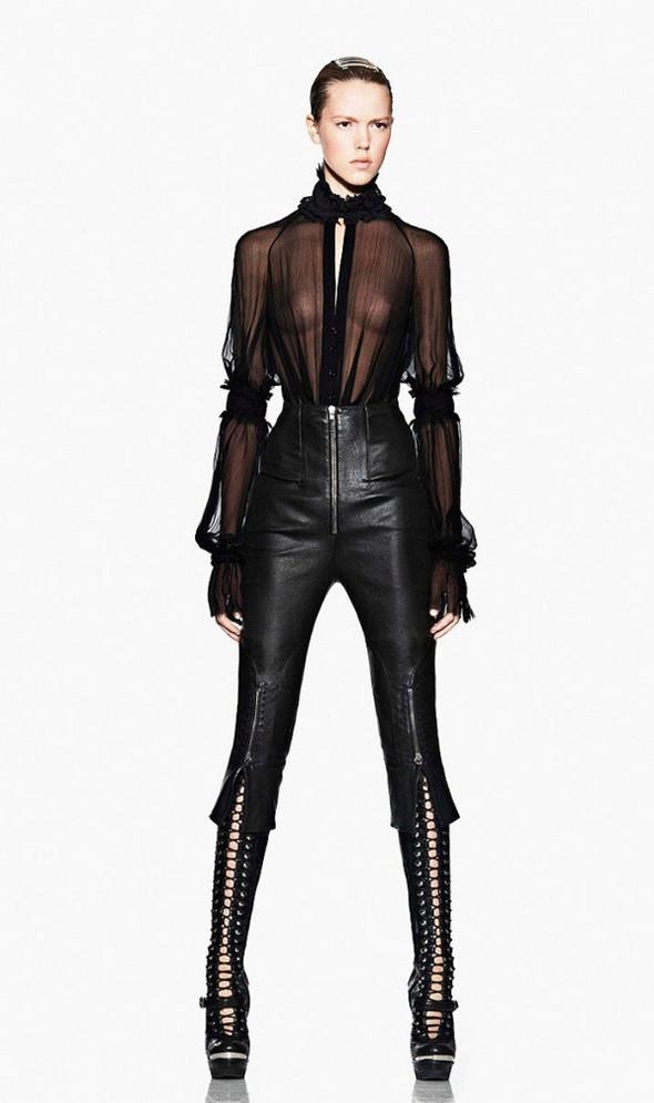 Лукбук: Alexander McQueen FW 2011. Изображение № 9.