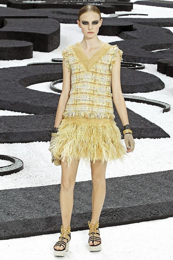 Карл Лагерфельд показал одну из самых красивых коллекций, когда-либо созданных для Chanel. Изображение № 16.