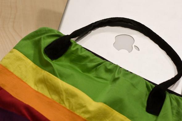 Giftshop: apple handbag. Изображение № 3.