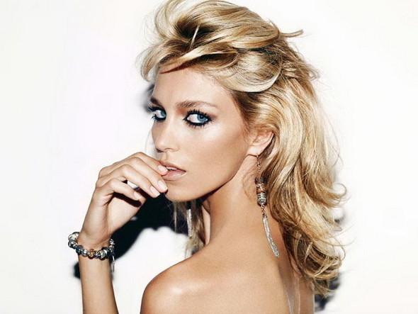Изображение 1. Аня Рубик в рекламе Apart Jewelry.. Изображение № 1.