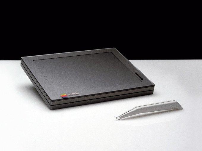Опубликованы новые концепты футуристических устройств Apple 1982 года . Изображение № 10.