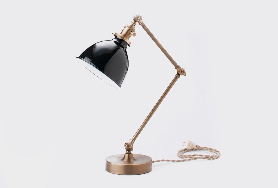 10 настольных ламп для тех, кто не спит по ночам. Изображение № 4.