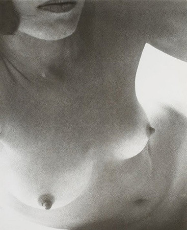 Части тела: Обнаженные женщины на фотографиях 50-60х годов. Изображение № 153.