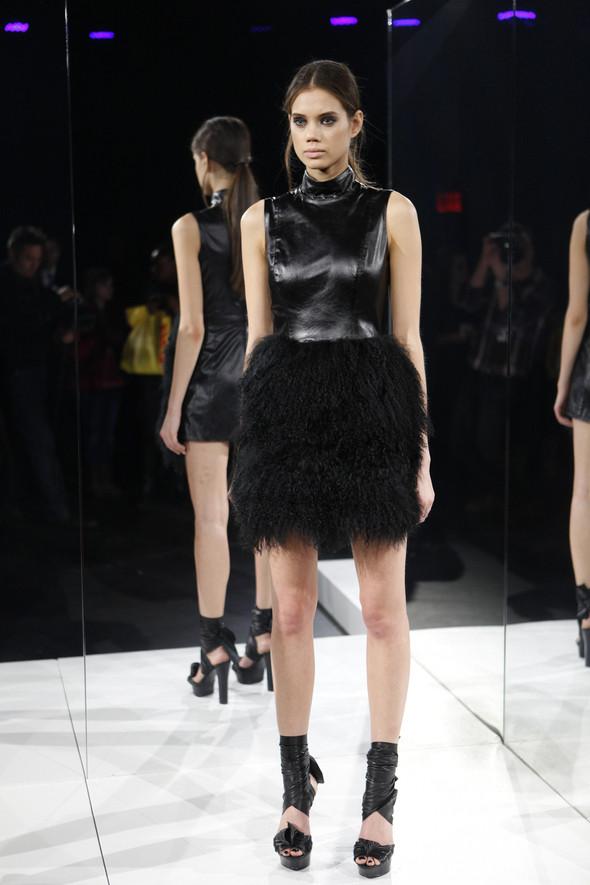 Изображение 3. Кира Пластинина показала новую коллекцию на неделе моды в Нью-Йорке.. Изображение № 3.