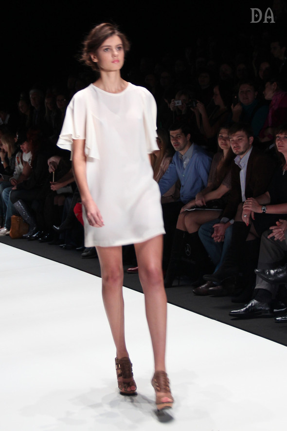 Mersedes-benz fashion week Russia, день первый. Показ Лены Карнауховой. Изображение № 3.