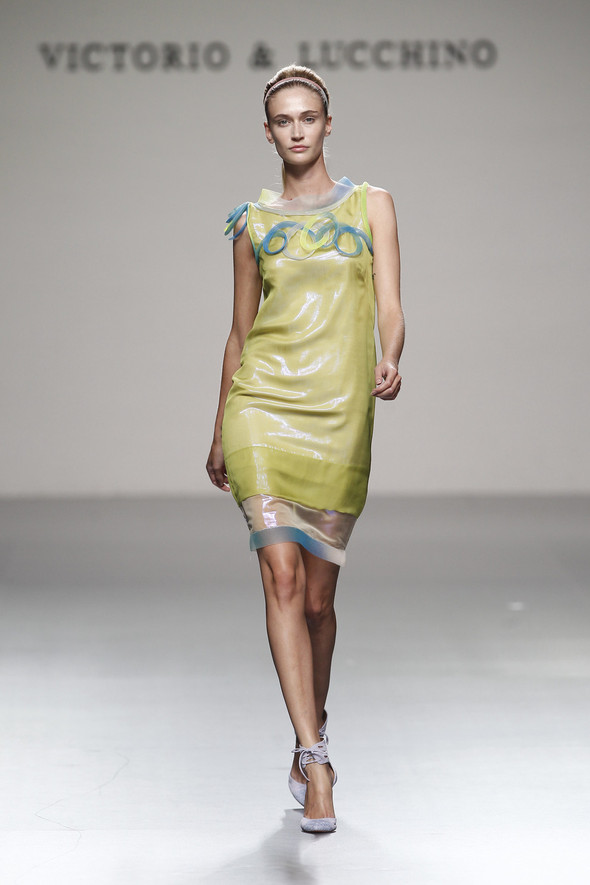 Madrid Fashion Week SS 2012: Victorio & Lucchino. Изображение № 14.