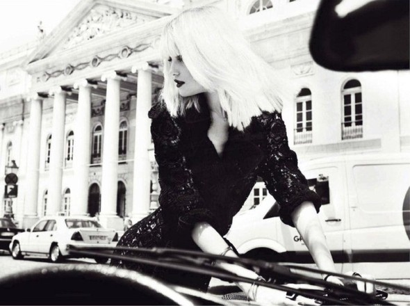 Съёмка: Влада Рослякова для Marie Claire. Изображение № 11.