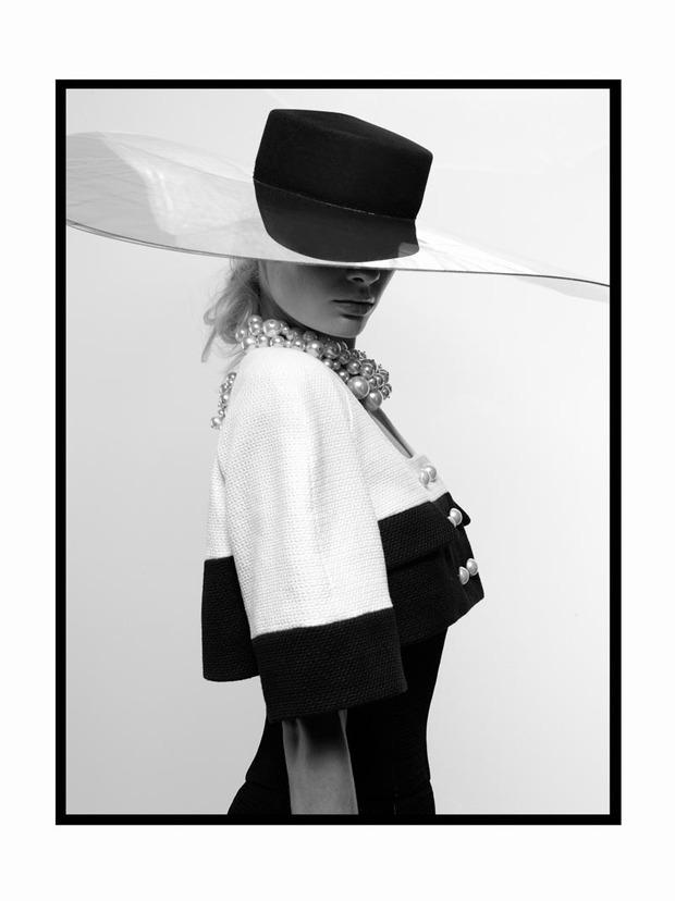A.P.C., Chanel, MM6, Mother of Pearl, Paule Ka и Yang Li выпустили новые лукбуки. Изображение № 30.