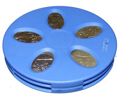 IPhone-держатель для монет. Изображение № 4.