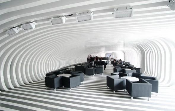 Под стойку: 15 лучших интерьеров баров в 2011 году. Изображение № 71.